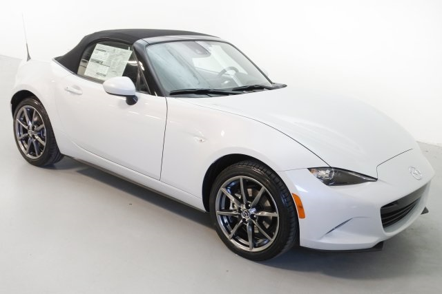 2017 Mazda Miata MX‑5 or MX‑RF