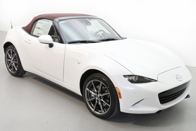 2018 Mazda Miata MX‑5 or MX‑RF